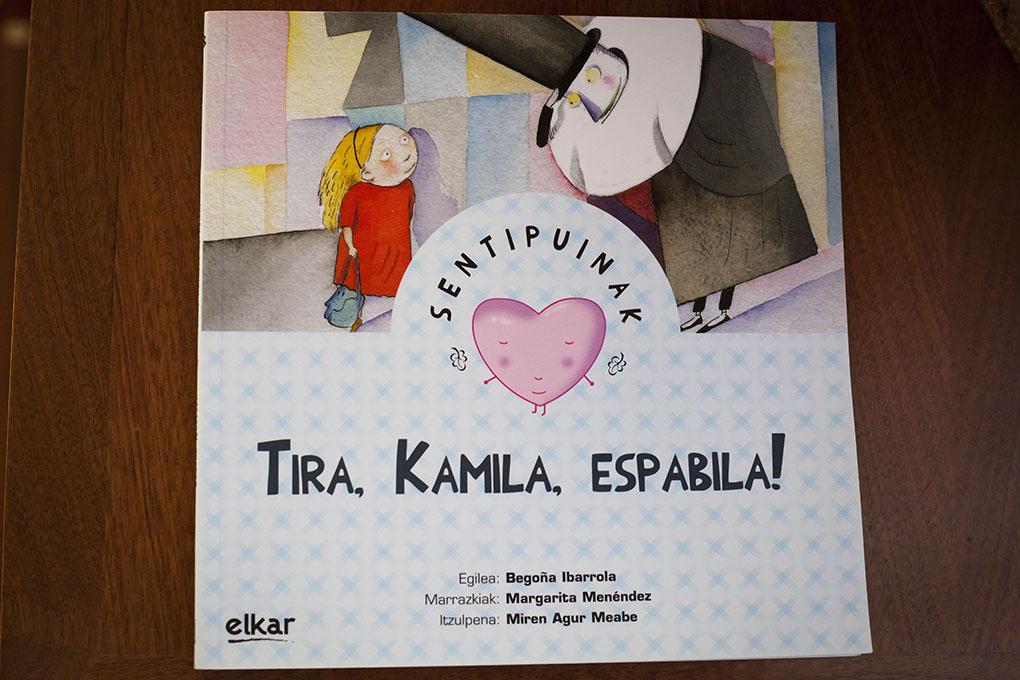 Tira, Kamila espabila!