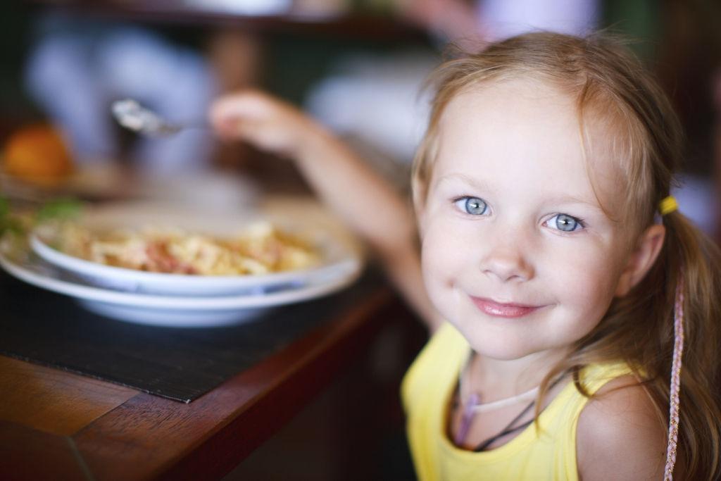 Las necesidades nutricionales de los bebés de 1-3 años